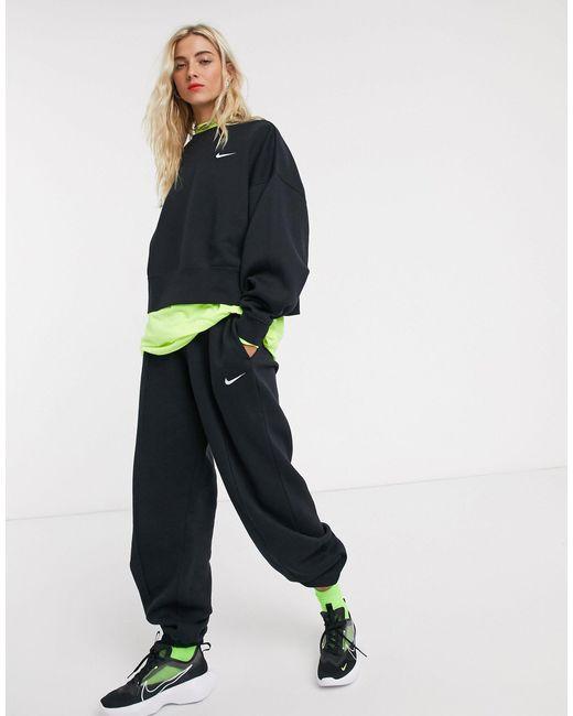 Nike Mini Swoosh - Oversized Zwarte joggingbroek in het Black