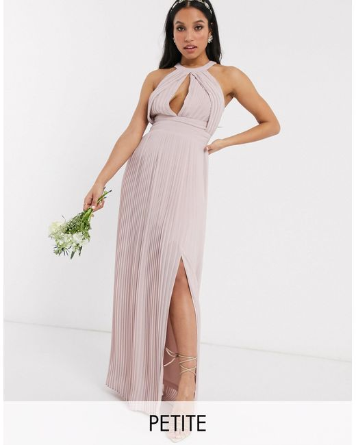 Exclusivité - Robe longue plissée pour demoiselle d'honneur TFNC London en coloris Pink
