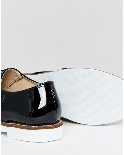 Londres Chaussure Rebelle Moine Boucle Sur Blanc Unique - Verni Noir bsxWi