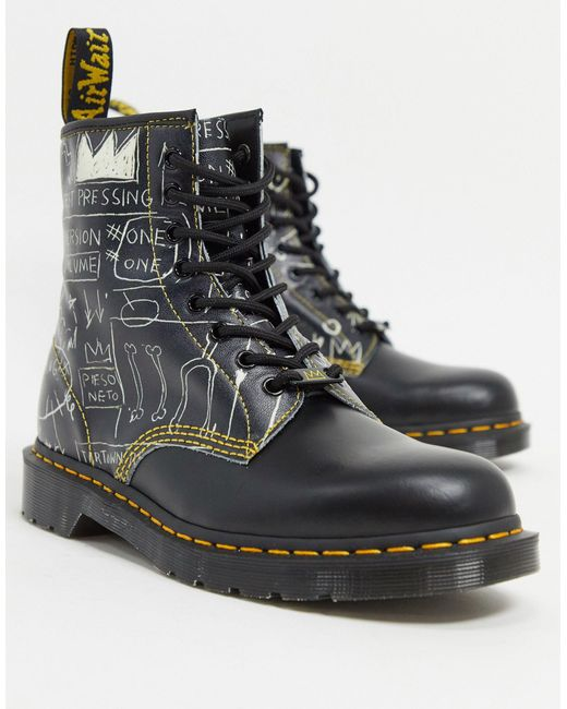Ботинки С 8 Парами Люверсов Basquiat-черный Dr. Martens для него, цвет: Black