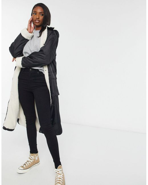 Черная Куртка-дождевик Макси С Подкладкой Из Искусственного Меха ASOS, цвет: Black