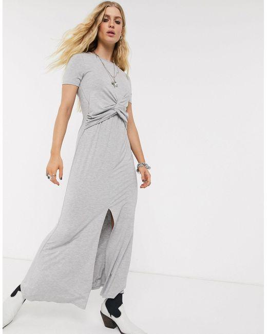 Vestido largo con detalle retorcido en la parte delantera en gris marga ASOS de color Gray