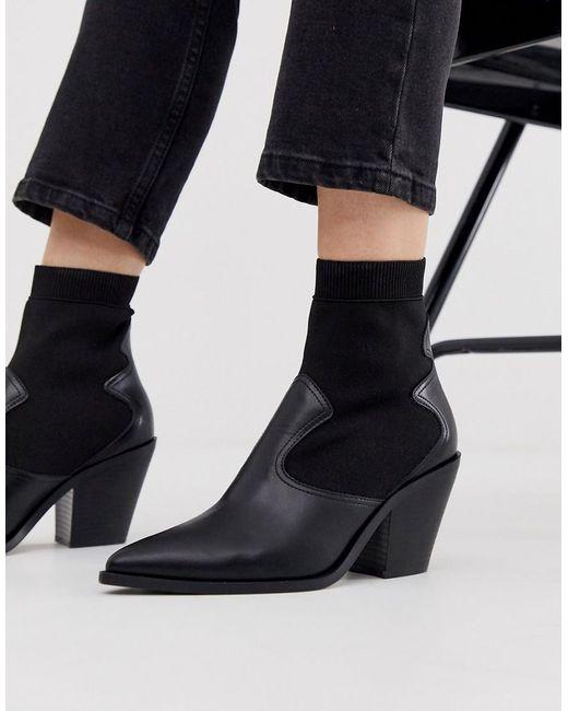 Stradivarius Western Chelsea Boots In Zwart in het Black
