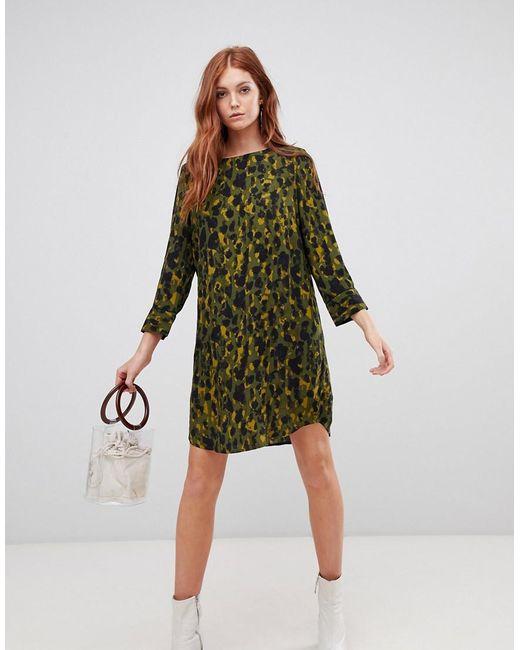 8c0e5d512 Vero Moda - Green Abstract Shift Dress - Lyst ...
