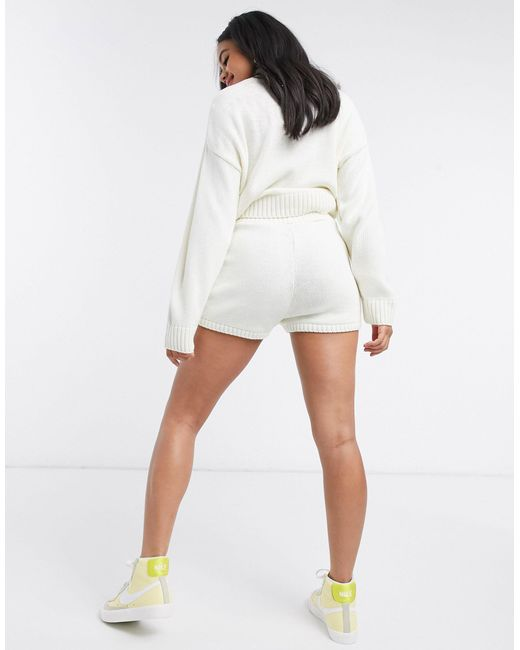 Кремовые Трикотажные Шорты От Комплекта ASOS, цвет: White