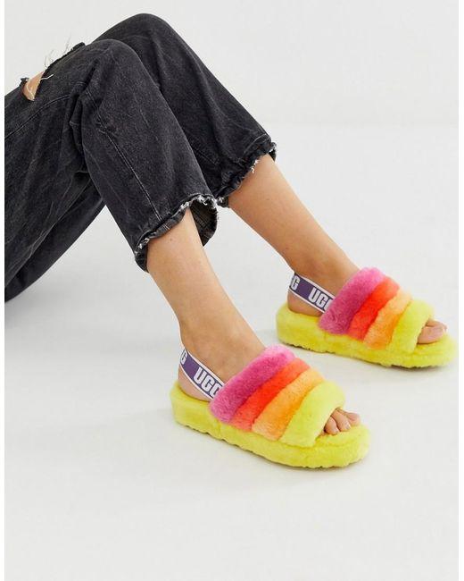 Ugg Pride Fluff Yeah - Platte Sandalen In Geel En Regenboogkleuren in het Multicolor