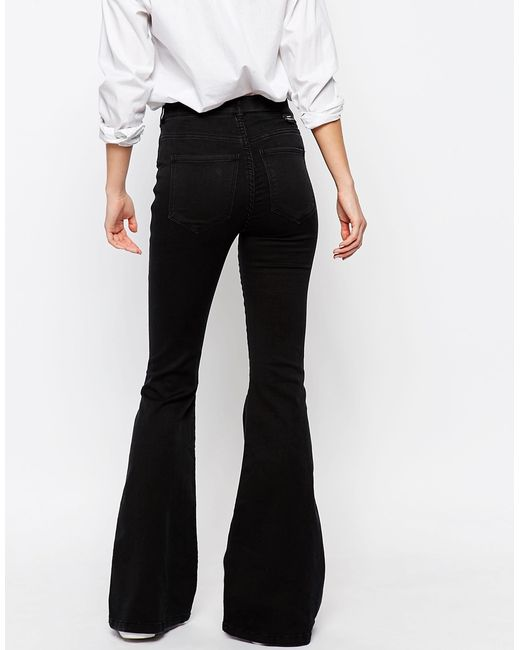 Shop online for womens colored jeans in skinny and flare styles from O2 Denim, KanCan, Silver Jeans and more! Flying Monkey colored skinny jeans come in an assortment of colors including black and white. Free shipping on colored jeans orders over $