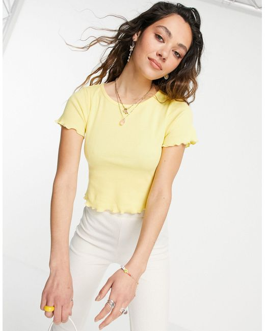 Camiseta corta amarilla ajustada con bordes ondulados ASOS de color Yellow