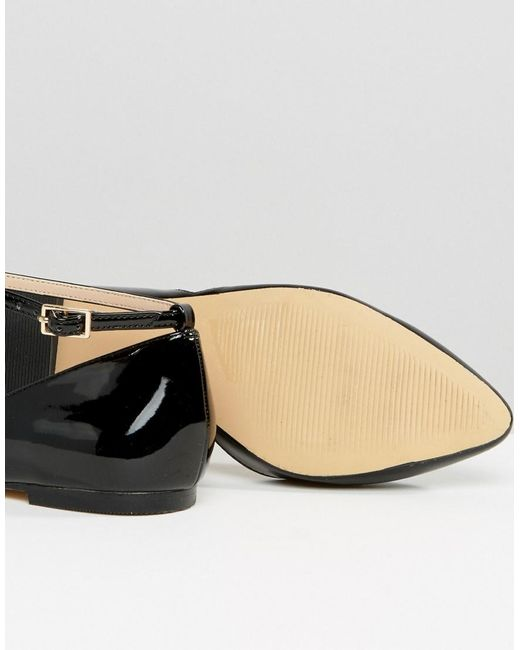 Black Asymmetric Pointed Flat Shoes