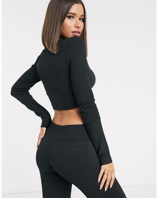 TOP ScoopNeck FlaredPeplum  in Grey A Great Basic By PILOT.