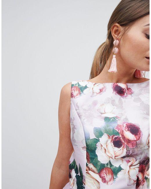 Robe mi-longue à imprimé floral Chi Chi London en coloris Pink