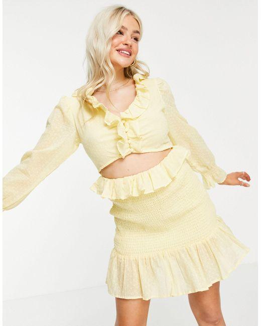 Vestido corto amarillo pastel con abertura y falda fruncida ASOS de color Yellow