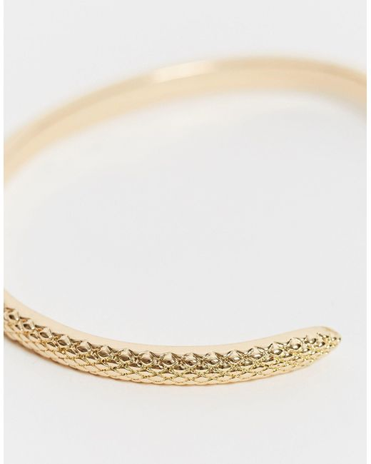 Золотистый Браслет В Виде Змеи ASOS, цвет: Metallic