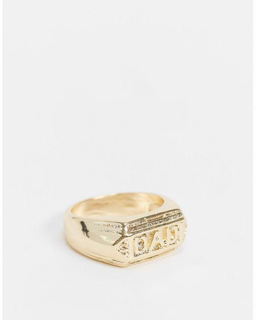 Золотистое Блестящее Кольцо-печатка С Надписью «dad» ASOS для него, цвет: Metallic