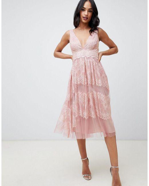 Robe mi-longue en tulle avec empiècements en dentelle délicate ASOS en coloris Pink