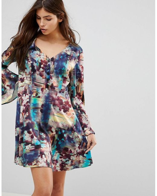 7dc59e57c6a9 lavand-multi-Abstract-Floral-Skater-Dress-With-Fluted-Sleeve.jpeg
