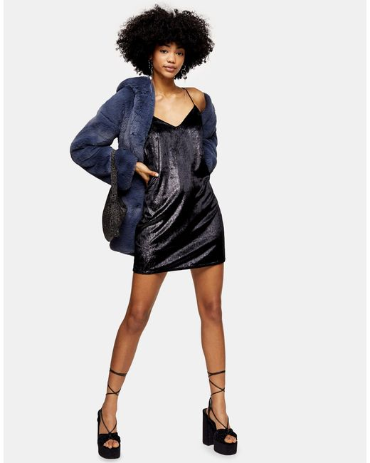 Robe nuisette en velours pailleté TOPSHOP en coloris Black
