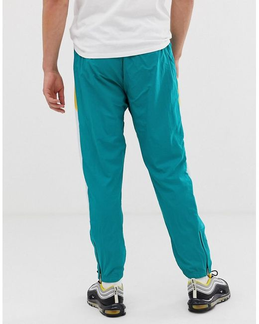 finest selection shop for genuine terrific value Nike Re-issue Joggers in Green for Men - Lyst