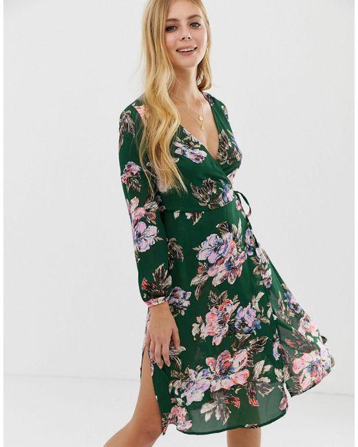 Brave Soul Midi-jurk Met Overslag En Bloemen in het Green