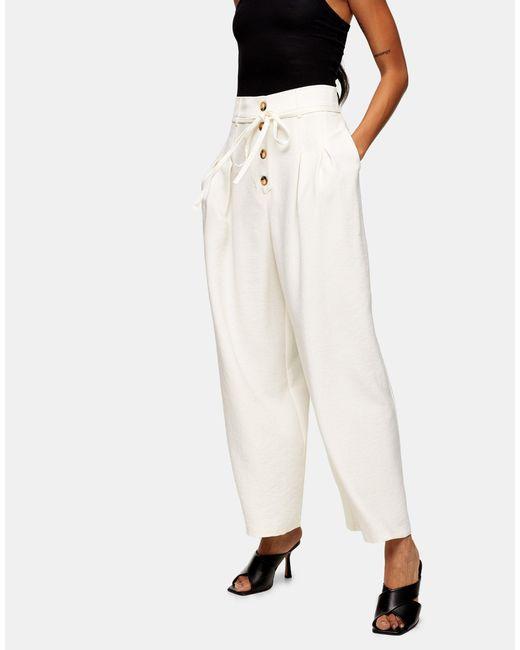Pantaloni avorio con bottoni e laccio di TOPSHOP in White