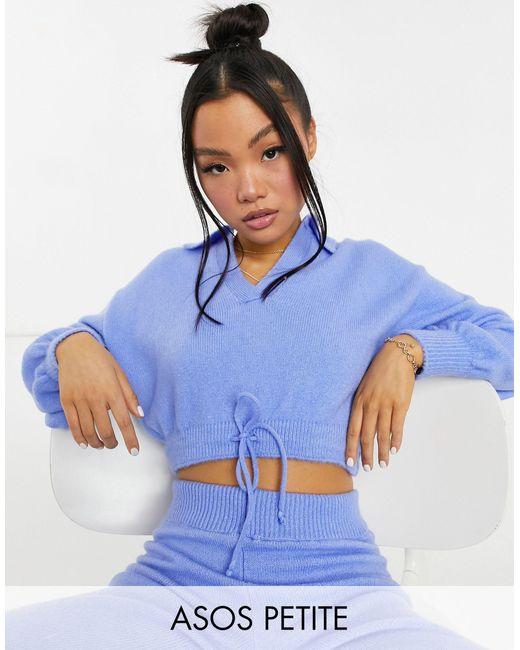 ASOS DESIGN Petite - Maglione corto azzurro con apertura sullo scollo e allacciato di ASOS in Blue
