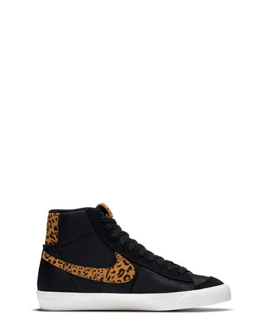 Nike Black Blazer