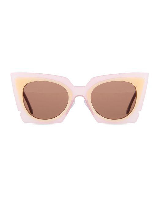 30f8cbf20f Fendi Runway Cat-eye Sunglasses in Pink