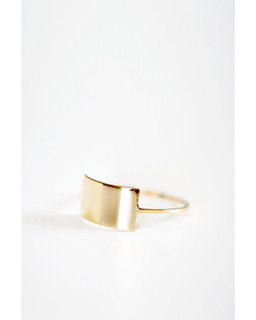 Kristen Elspeth | Metallic Gold Shield Ring | Lyst