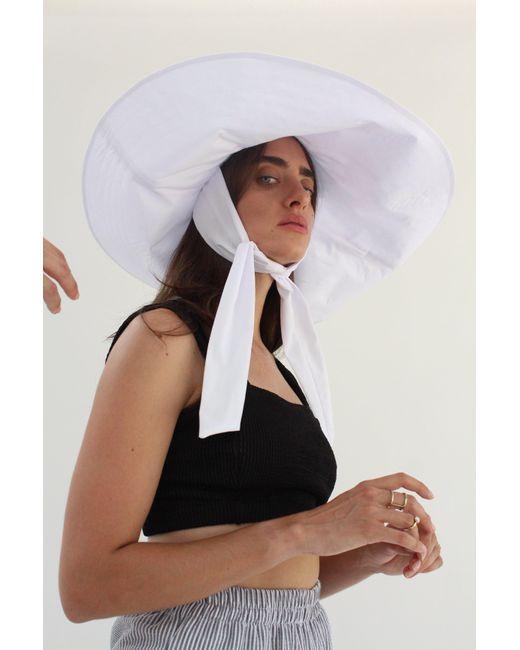 Beklina Voluminoso Tie Hat White