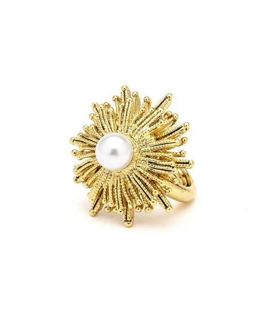 Oscar de la Renta | Metallic Pearly Sun Star Statement Ring | Lyst