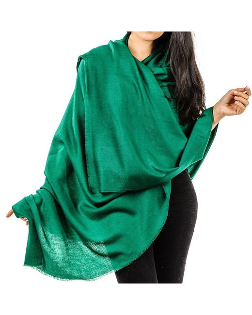 Black.Co.Uk Emerald Green Handwoven Cashmere Shawl In