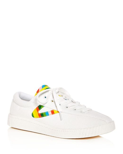White Women's Nylite Plus Low-top Sneakers - Lyst