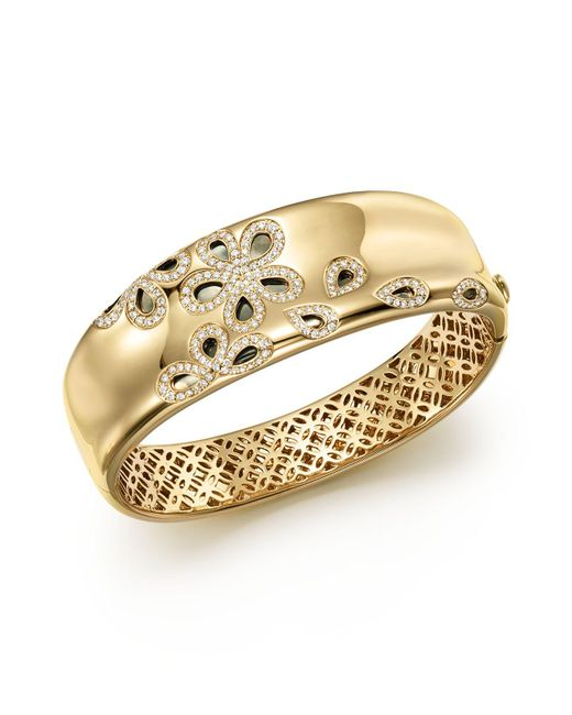 Roberto Coin | Metallic 18k Yellow Gold Fantasia Diamond Daisy Bangle | Lyst