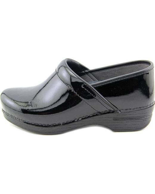 dansko pro xp toe patent leather work shoe in black