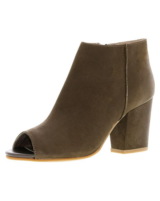 Steve Madden - Green Women's Perley Leather Stone Ankle-high Boot - 11m - Lyst