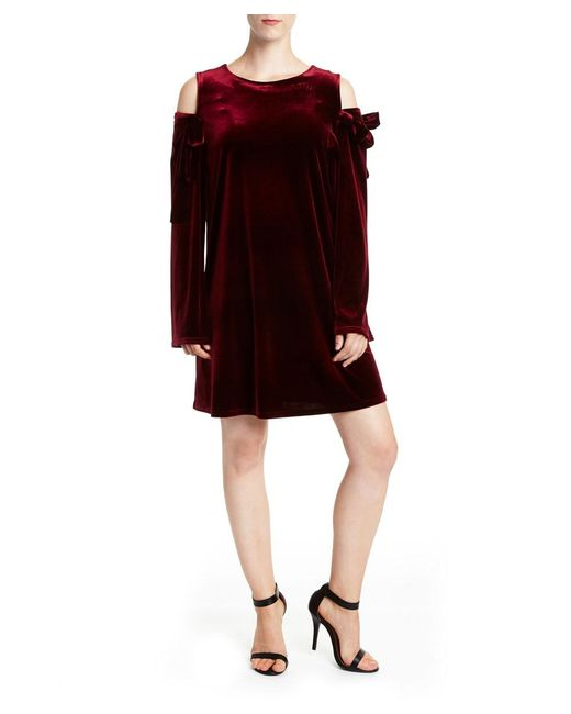 Romeo and Juliet Couture - Multicolor Romeo And Juliet Couture Velvet Cold Shoulder Tie Up Dress - Lyst