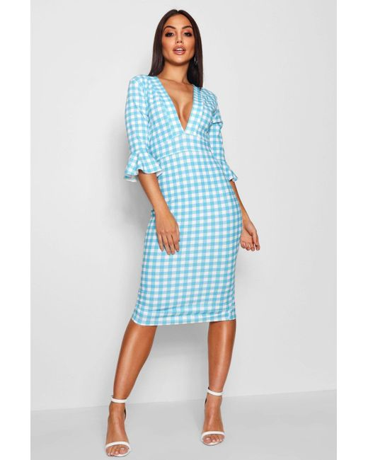Lyst - Boohoo Plunge Neck Gingham Midi Dress in Blue