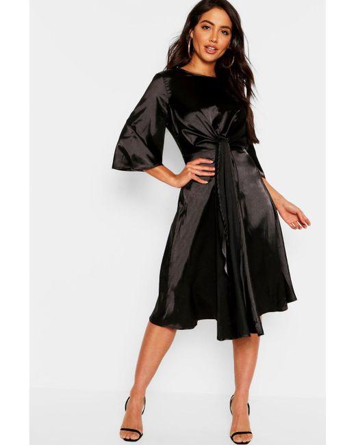 7e21d135c96be Boohoo - Black Satin Knot Front Kimono Sleeve Midi Dress - Lyst ...