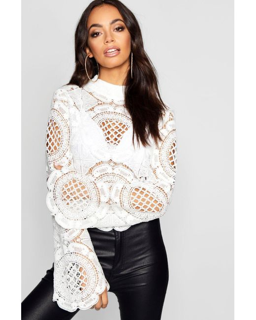 390060df3f4 Boohoo - White Turtle Neck Crochet Lace Crop - Lyst ...