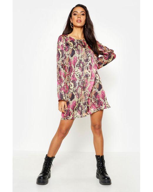 b04cdb9472ed6 Boohoo - Pink Woven Snake Shift Dress - Lyst ...