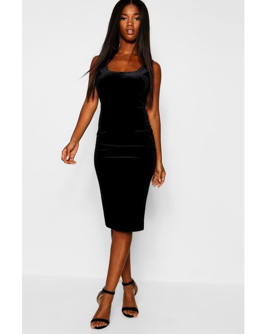 3c2bce3e1df8 Boohoo Velvet Scoop Neck Bodycon Midi Dress in Black - Lyst