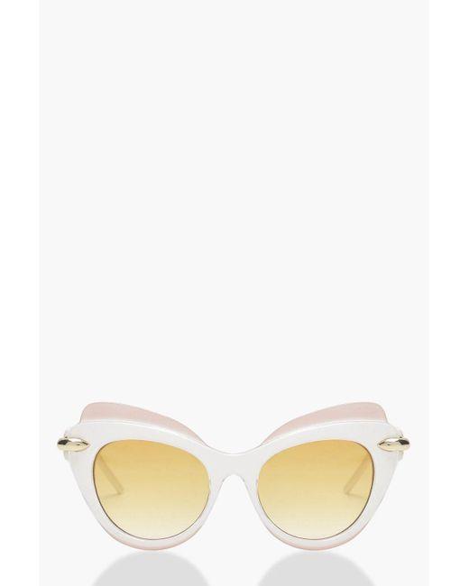 Boohoo - White Contrast Top Bar Cat Eye Sunglasses - Lyst