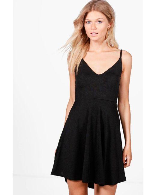 Boohoo | Black Petite Tilly Dip Hem Plunge Skater Dress | Lyst