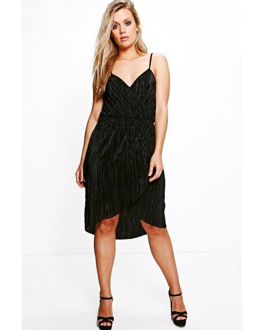 Boohoo | Black Plus Suzie Pleated Wrap Front Midi Dress | Lyst