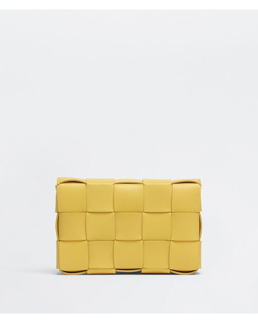 SAC CASSETTE Bottega Veneta en coloris Yellow
