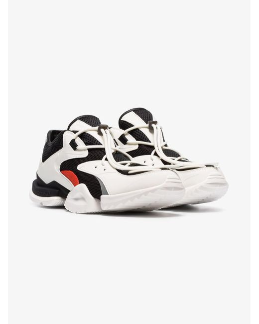 bfdaf581 Reebok Black And White Run R96 Low Top Sneakers in Black for Men ...
