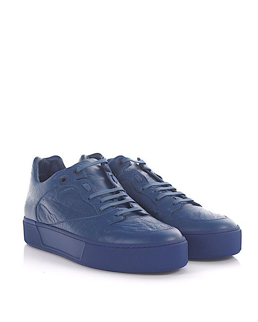 d4e2414b7676 Balenciaga Trainers Arena Low Leather Blue Crinkled in Blue for Men