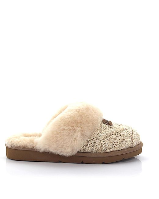lyst ugg hausschuhe cosy cable strick beige lammfell in natural. Black Bedroom Furniture Sets. Home Design Ideas