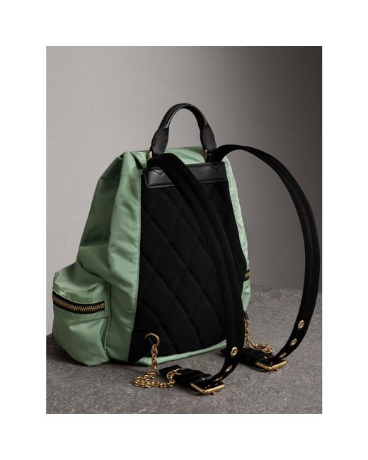 medium Rucksack in technical nylon and leather - Green Burberry NBWQ5EH