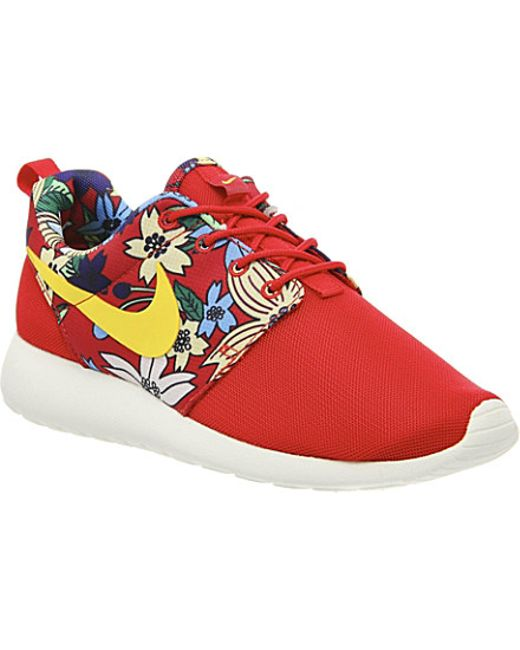 Nike Roshe Run Aloha Trainers, Womens, Size: 7, Red Aloha Print